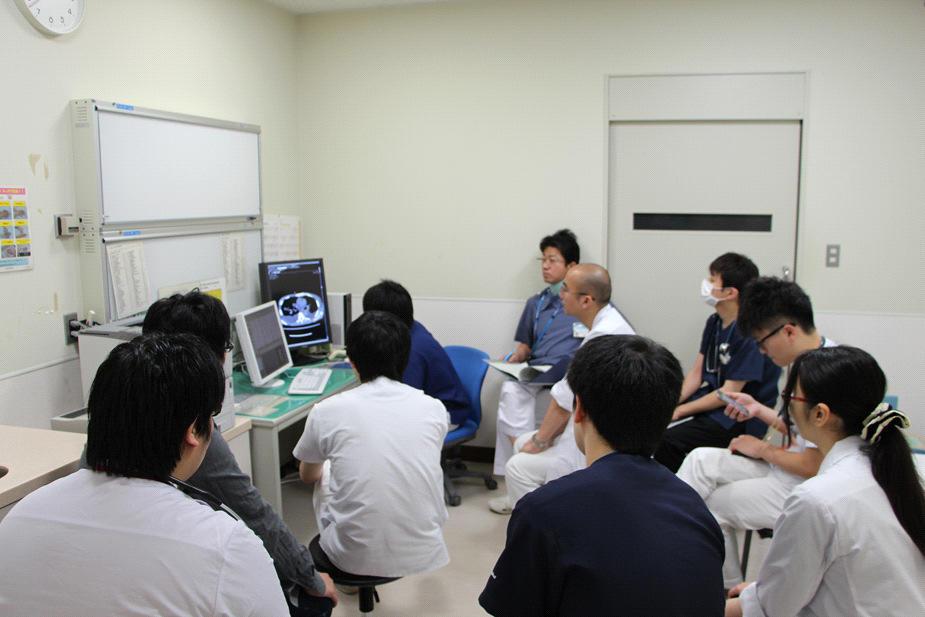 研修医主催の症例検討会2